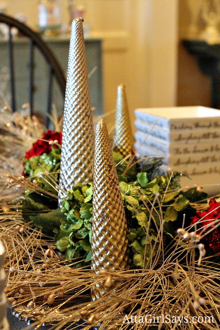 Christmas House Tour 2012: Glittery Gold & Silver Dining Room Decor