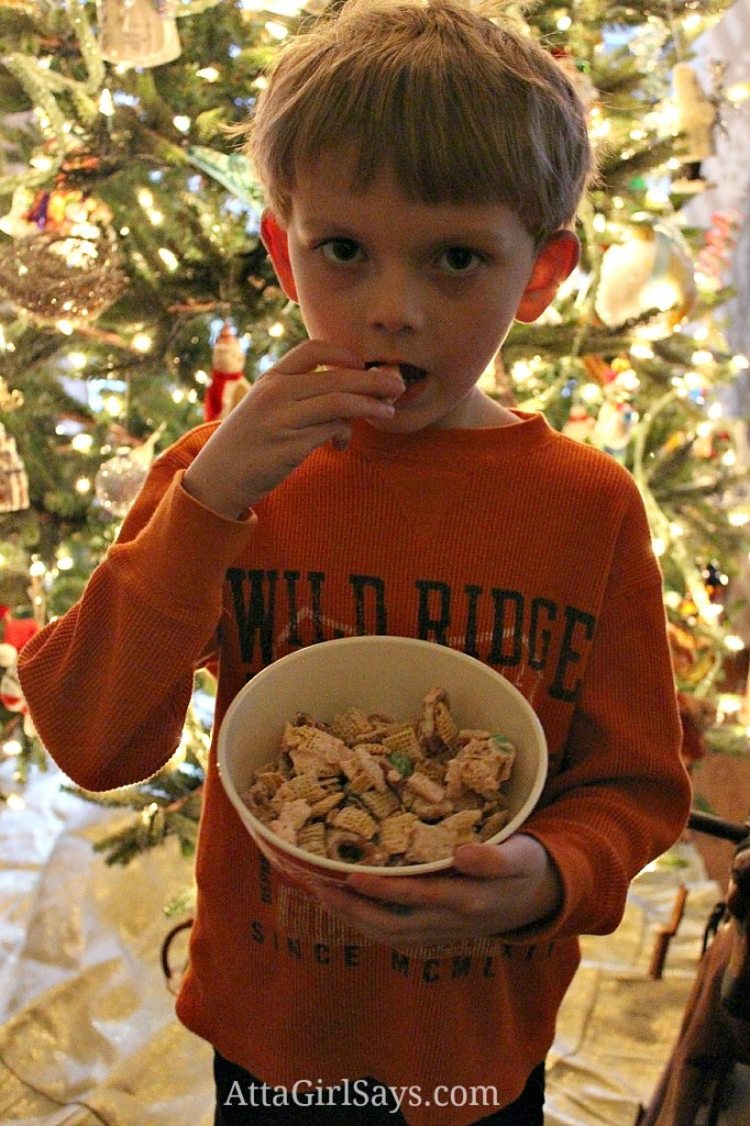 tasting santa's minty mix white chocolate peppermint cereal mix