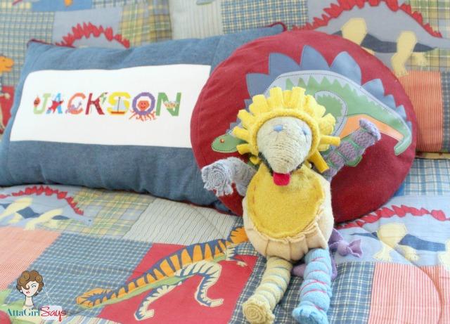 dinosaur comforter bedspread boy bedroom