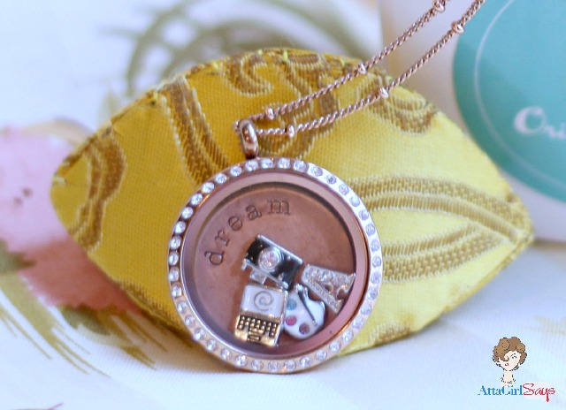 Atta Girl Says: Bloggers dream necklace from Origami Owl