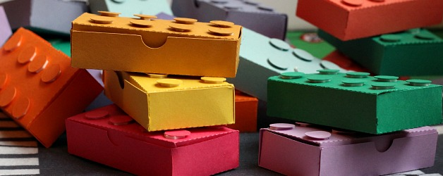 Easy DIY Lego Valentine Treat Boxes