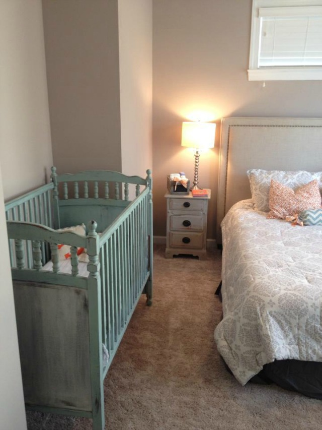 mint green distressed crib in Maison Blanche paint