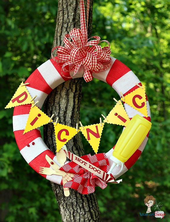 Atta Girl Says: How to Make a Picnic Wreath with Party Supplies