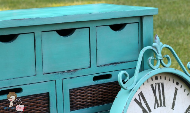Atta Girl Says: Annie Sloan Chalk Paint Buffett in Custom Mix of Provence Old White and Duck Egg Blue