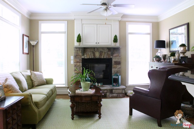 Equestrian style decorating fashion inspiration atta for Keeping room ideas