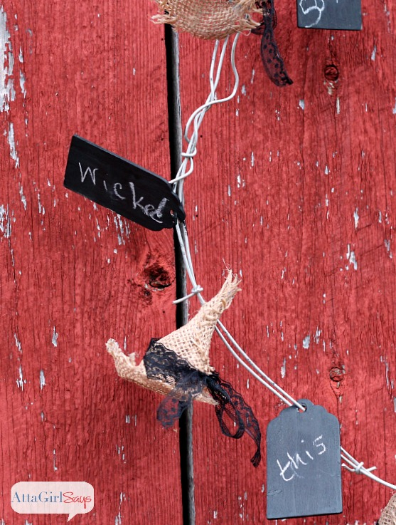 No-Sew Burlap Witches Hat Barbed Wire Wreath