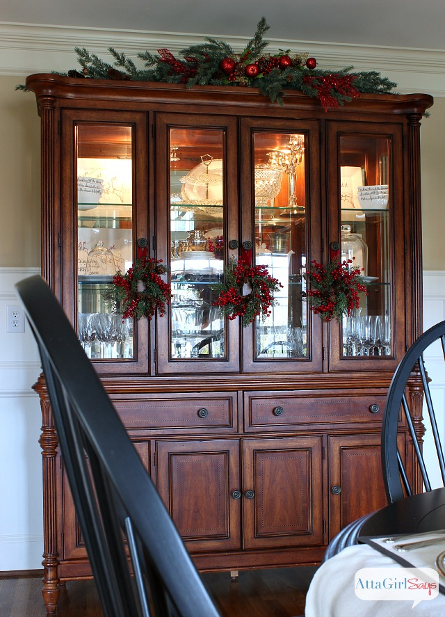 china cabinet decorating ideas 28 images china cabinet home decorating ideas 4 amazing tips. Black Bedroom Furniture Sets. Home Design Ideas
