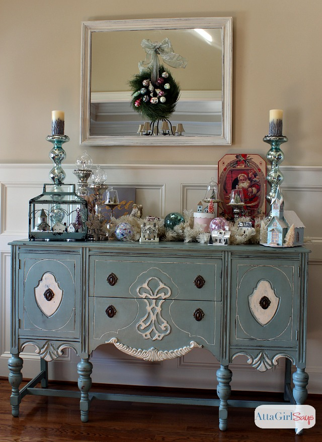 atta girl says 2013 christmas home tour holiday decorating ideas - Christmas Decorating Ideas For Foyer