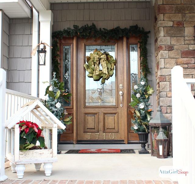 atta girl says 2013 christmas home tour holiday decorating ideas - Christmas Decorating Ideas For Front Window
