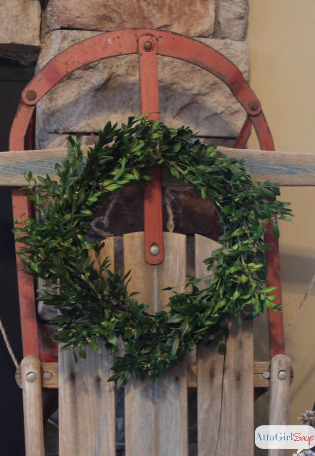 old-sled-boxwood-wreath-christmas