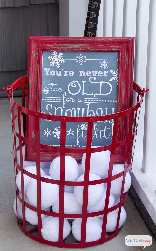 Cozy winter decorating ideas for the front porch atta - What temperature is too cold to paint outside ...