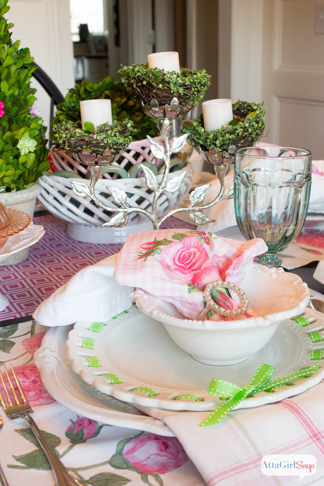 spring table setting ideas pink and green luncheon - Spring Party Decorating Ideas
