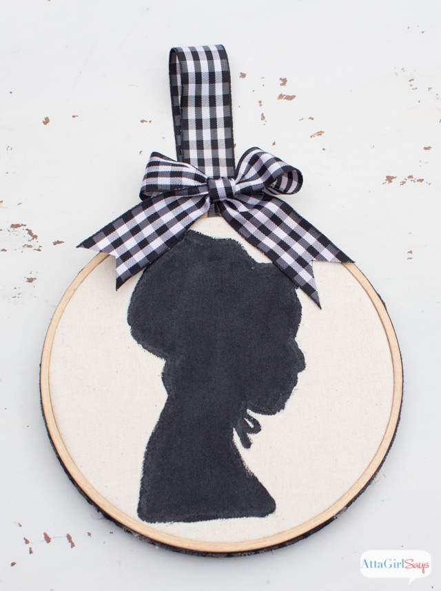 No-Sew Thanksgiving Embroidery Hoop Art Silhouettes