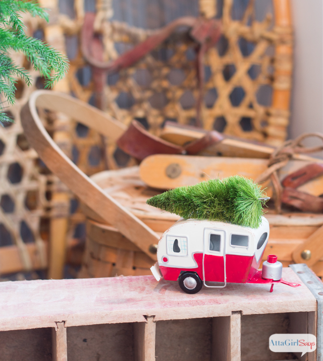 Vintage-Inspired Christmas Porch Decorations