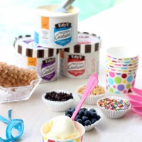 Pool Party Snacks: Set up an easy toppings bar featuring EDY's® Frozen Custard. #FrozenCustardTime #collectivebias
