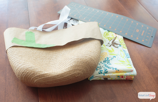 Learn how to make a tote bag to match your spring wardrobe. Start with ...