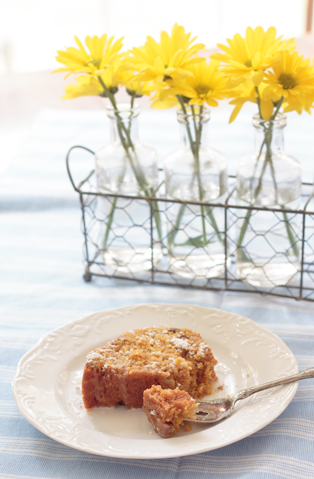 The Easiest, Best Carrot Cake Recipe