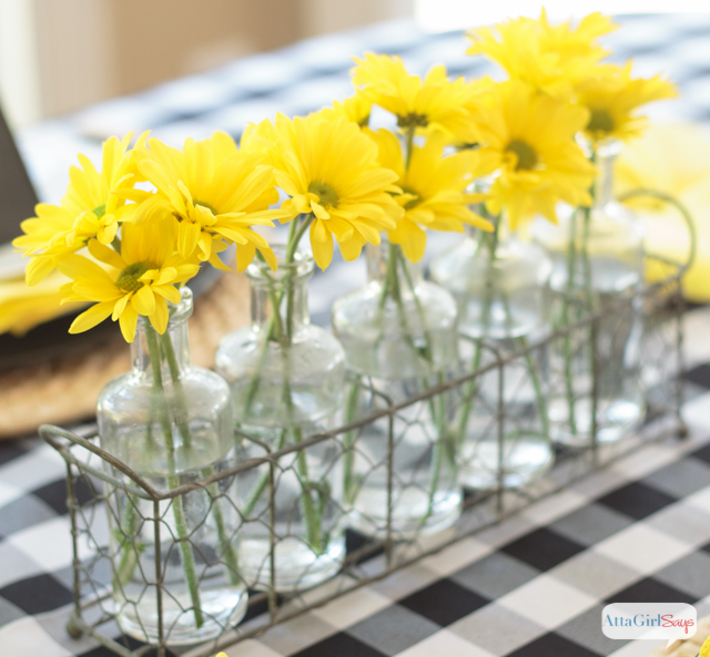 Pretty Table Decorations black & yellow table decoration ideas