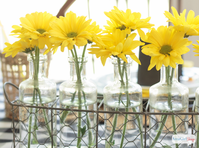 These Black And Yellow Table Decoration Ideas Are So Pretty. This Color  Scheme Works For U2026 Part 98