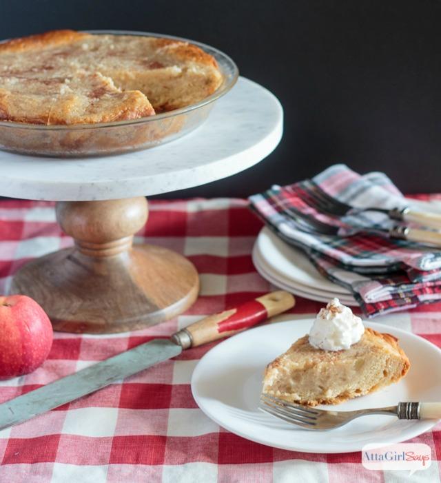 Old Fashioned Homemade Applesauce Pie - Atta Girl Says