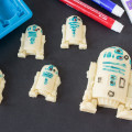 Planning an out-of-this-galaxy party and looking for Star Wars food ideas? Learn how to make tasty R2-D2 and Han Solo in Carbonite chocolates. They'll be the hit of the party.