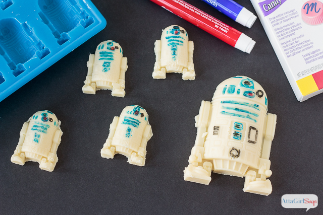 Star Wars Food: R2-D2 and Han Solo Chocolates