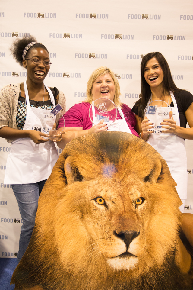 Cheap easy meals with the food lion frugal cookoff atta girl says the food lion frugal cookoff is all about teaching busy families how to prepare healthy and forumfinder Gallery