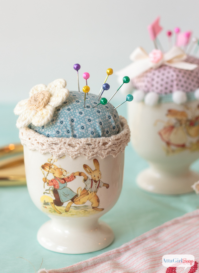 I can't get over how cute these Easter egg cup pin cushions are. What a great Easter gift for someone who loves to sew.