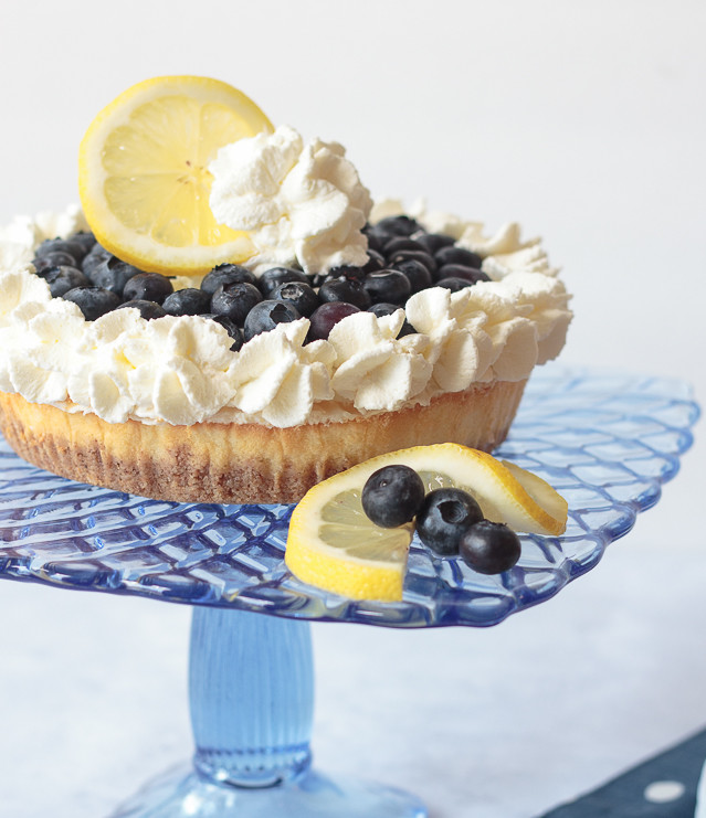 Looking for a no-bake dessert that everyone will love? Check out this semi-homemade recipe for blueberry lemon cheesecake. The secret is lemon curd! #ad #saraleedesserts #pmedia