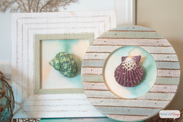 Remember your vacation always with these beautiful seashell crafts.