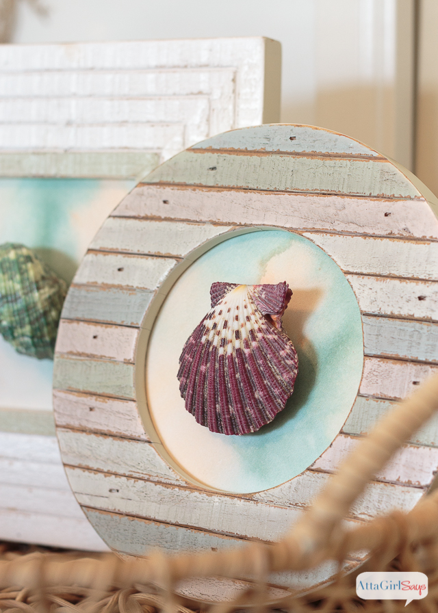 Love this DIY seashell artwork. Such an easy way to add some coastal decor to your home.