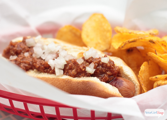 how to make the best hot dog chili