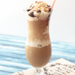 Need a refreshing treat to beat the summer heat? This snickerdoodle frappe recipe, which combines the flavors of caramel macchiato, cinnamon and chocolate, really hits the spot. And you don't have to leave the comfort of your house -- or air conditioning -- to get it! #sponsored #indelight