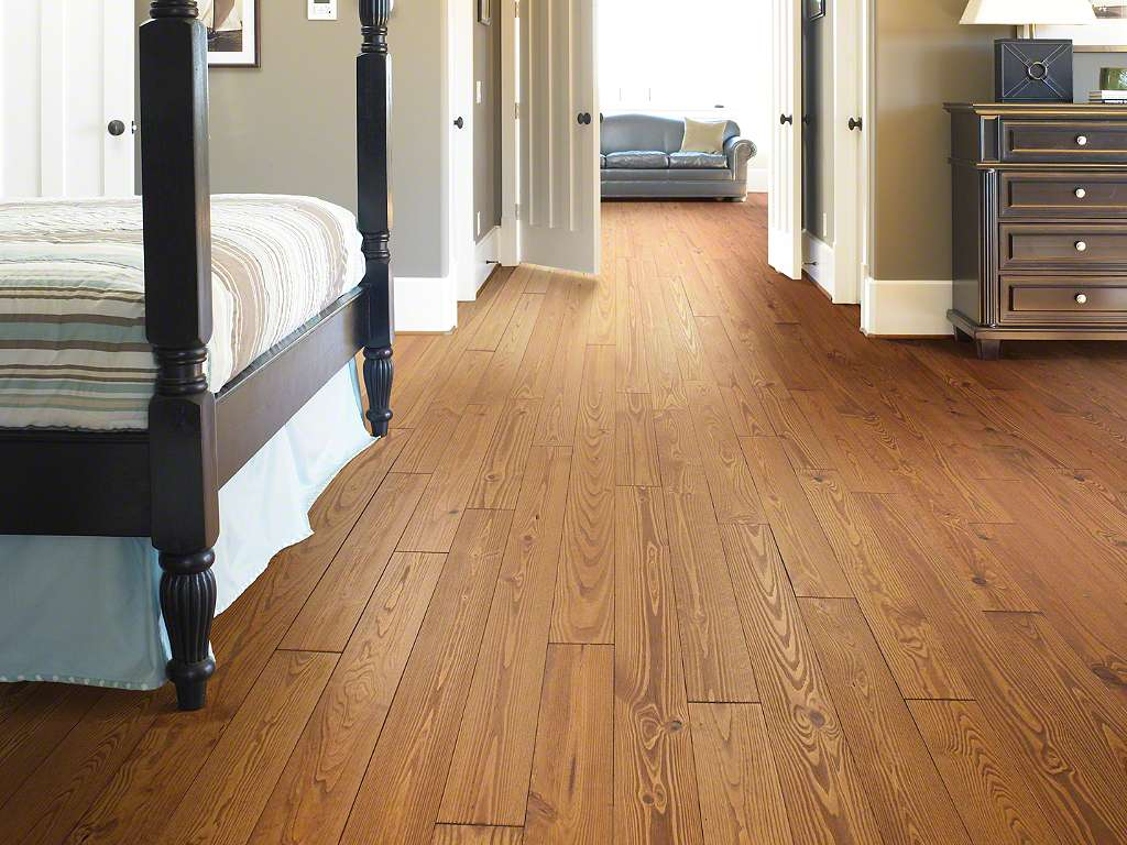 farmhouse flooring options hardwood - Bedroom Laminate Flooring