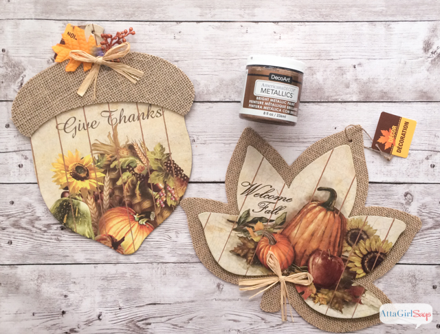 Use metallic paint to transform $1 wall signs into an oversized fall leaf garland for the mantel, staircase or porch. #sponsored #decoartprojects