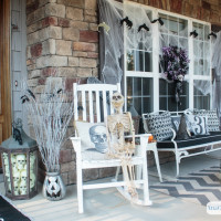 Spooky & Creepy Halloween Porch Decorations