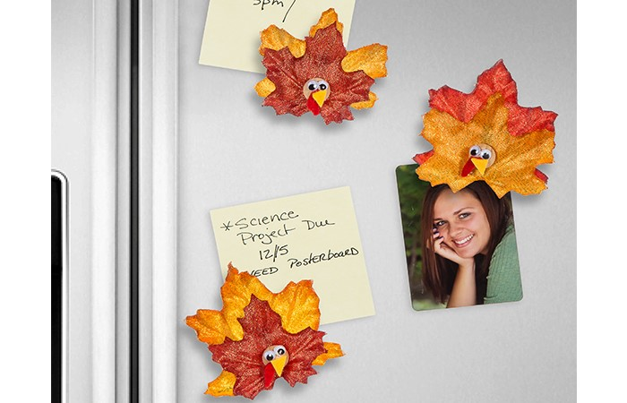 These magnets are just one of the adorable Thanksgiving turkey crafts you can make with leaves. Click to find links and instructions for them all.