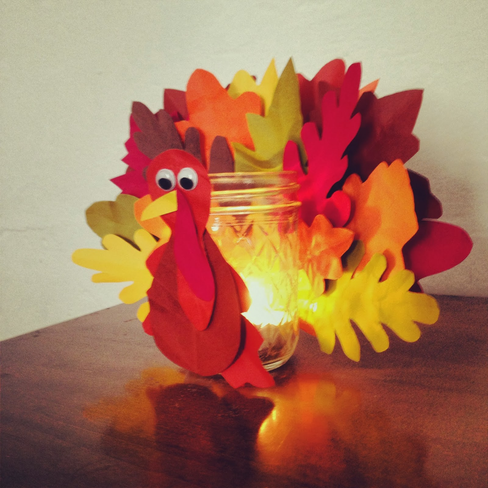 This turkey candleholder is just one of the adorable Thanksgiving turkey crafts you can make with leaves. Click to find links and instructions for them all.