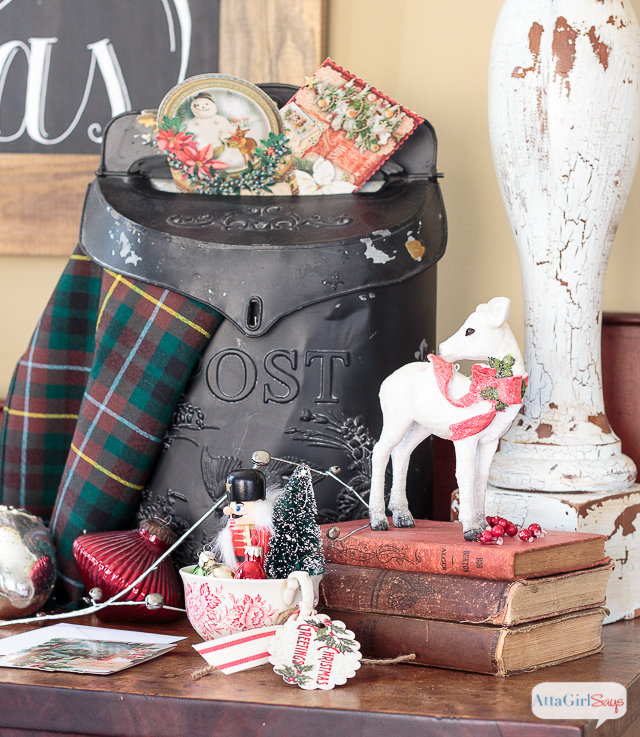 Whether your style is vintage glam, traditional, rustic or farmhouse, you'll find plenty of holiday decorating ideas to inspire you as you tour this lovely home decorated for Christmas.