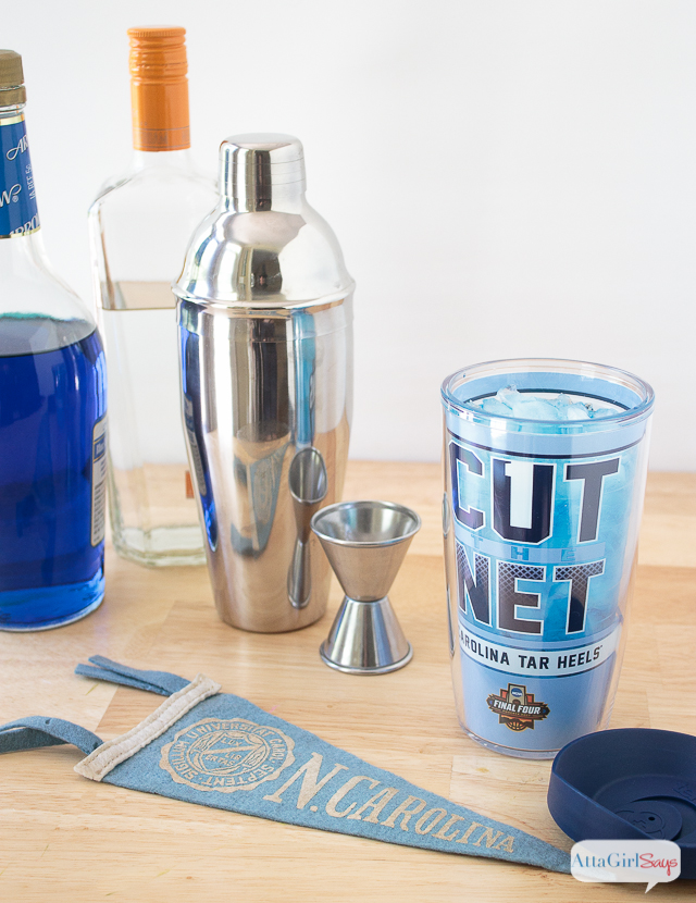 Show your team colors and celebrate the N.C. Tar Heels with two tasty Carolina blue cocktails, plus a nonalcoholic blue punch recipe. The Carolina Blue Belle features peach and citrus flavors. The easy blue punch is fruity and great for a crowd. Serve it spiked or not. #sponsored