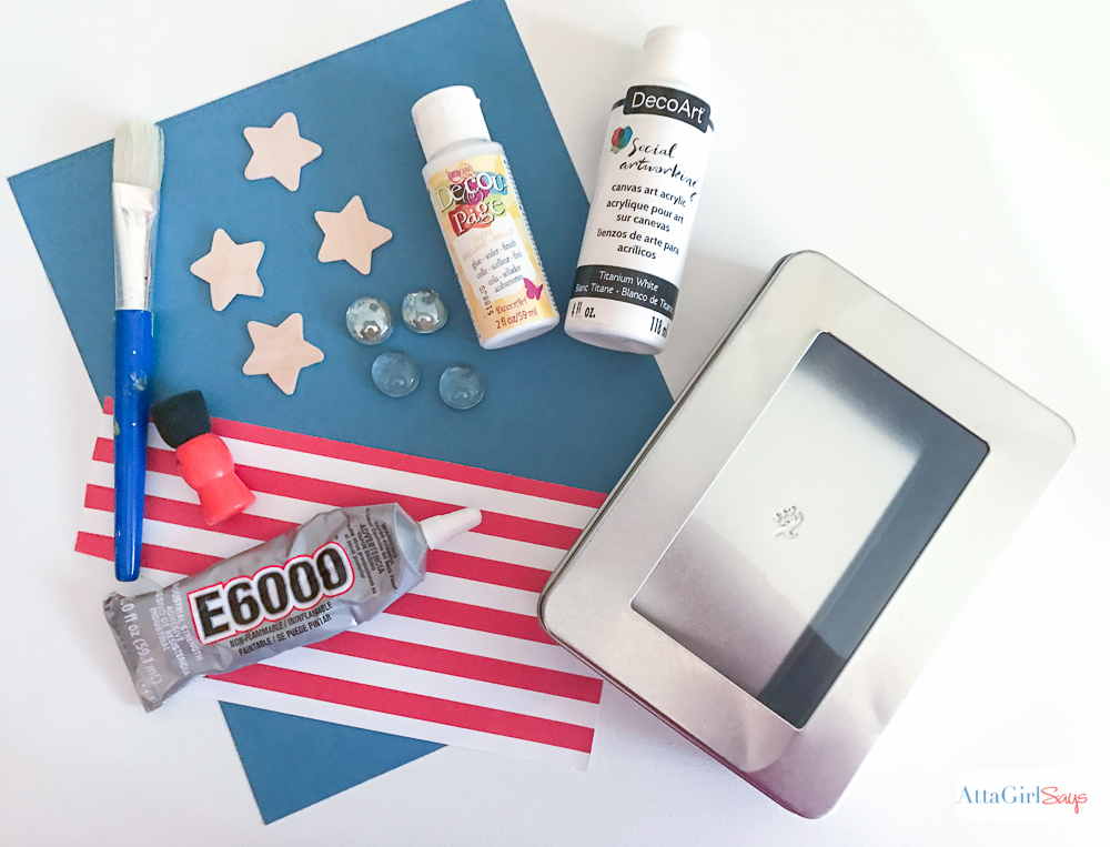 Make this Magnetic Patriotic Tic Tac Toe Travel Game plus other DIY travel games for kids