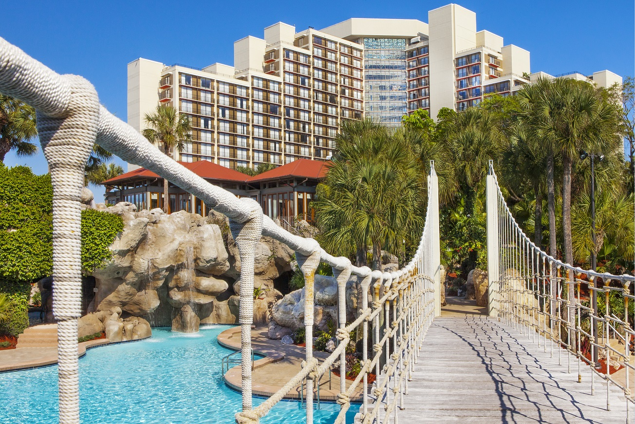 "If you think theme parks and family vacations are the only reason to visit Orlando, think again! It's also a great place to relax and recharge. Check out these fun girls weekend ideas in ""The City Beautiful."""
