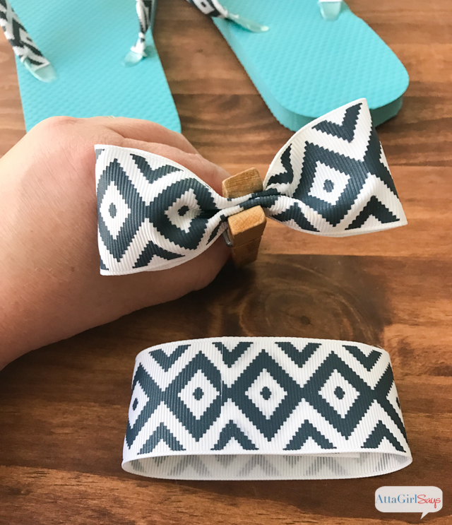 how to make ribbon flip flops with bows