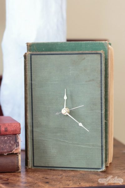 Ever wonder what to do with old books that no one wants to read? Save them from the landfill with this easy and clever DIY project that turns an old hardback book into a working clock!