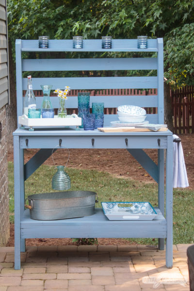 Painted Outdoor Furniture Makeover with a Paint Sprayer