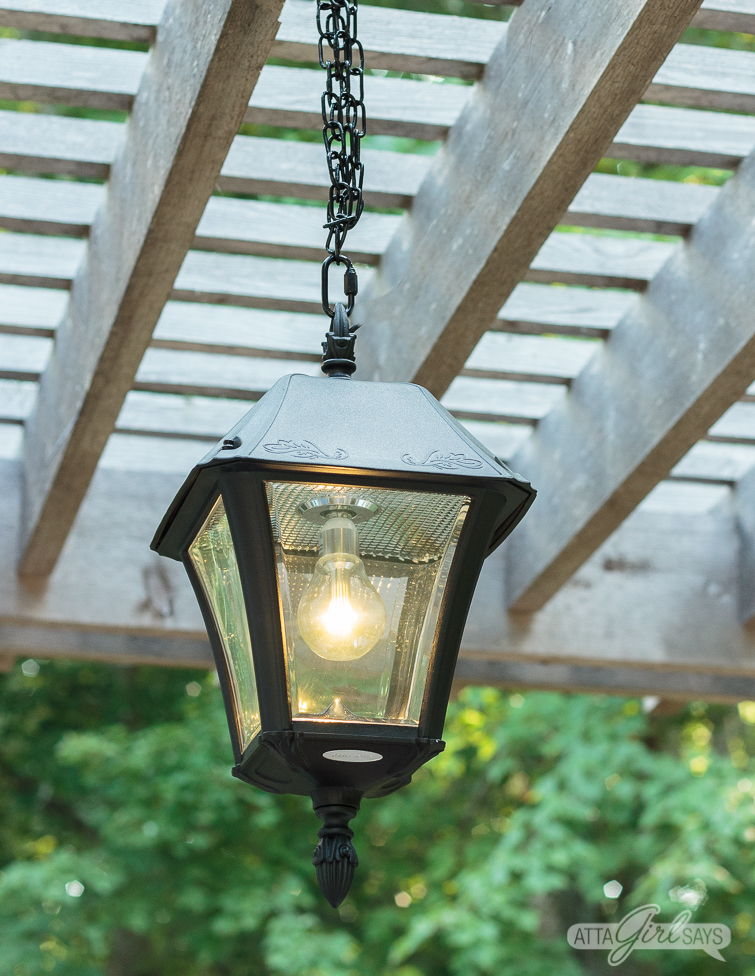 Outdoor Solar Chandelier for your Pergola: Easy DIY Installation