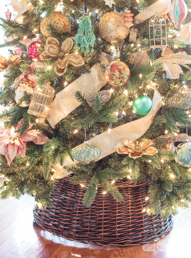closeup of a dark rattan Christmas tree collar