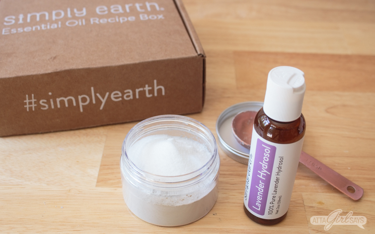 ingredients to make a DIY bubble clay DIY face mask