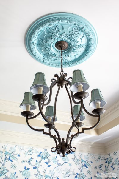 How to Paint a Ceiling Medallion the Easy Way
